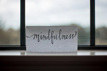 mindfulness scritta su carta