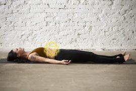 esercizi yoga terzo chakra