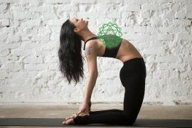esercizi yoga per il quarto chakra